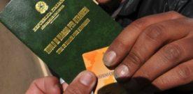 Loy: Abolire la sovrattassa sui permessi di soggiorno e mettere ordine a situazione di confusione