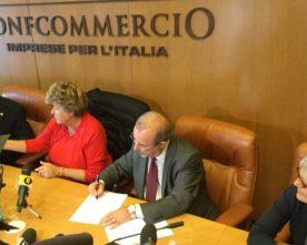 Firmato nuovo modello contrattuale per lavoratori e imprese aderenti alla Confcommercio